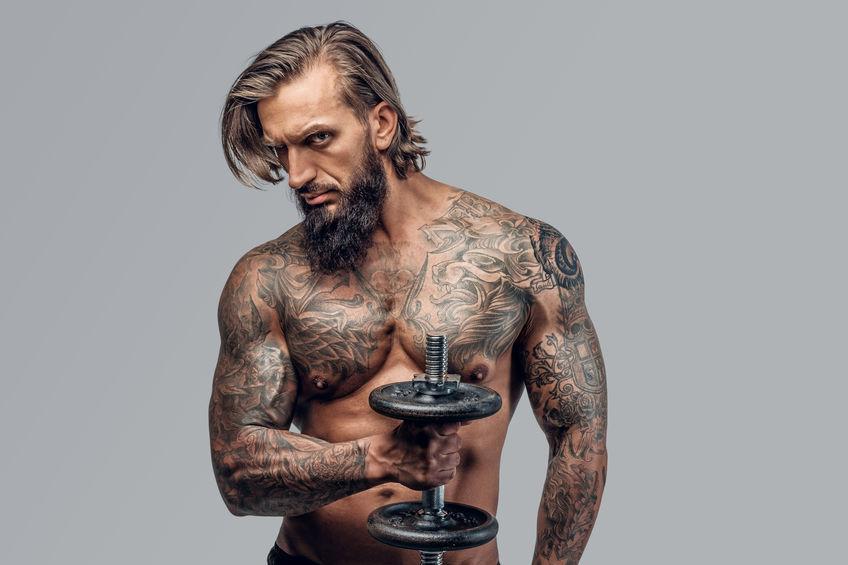 Brust männer tattoo vorlagen Männer Tattoos