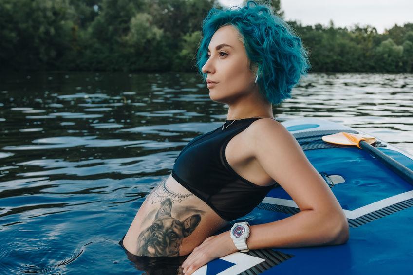Tattoo frauen seite rippen